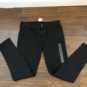 Black Ripped American Eagle Jeans/Jegging